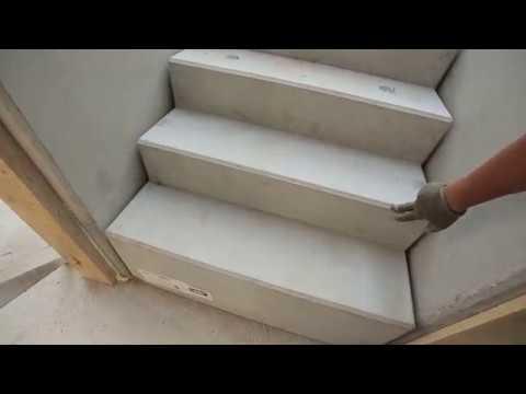 visszérrel léphet fel a lépcsőn)
