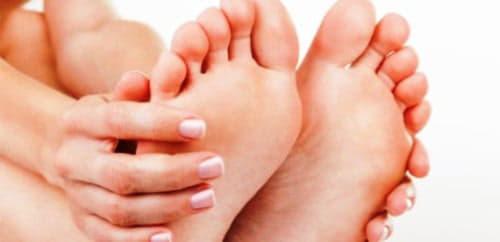Miért forognak a lábak és hogyan kell kezelni?