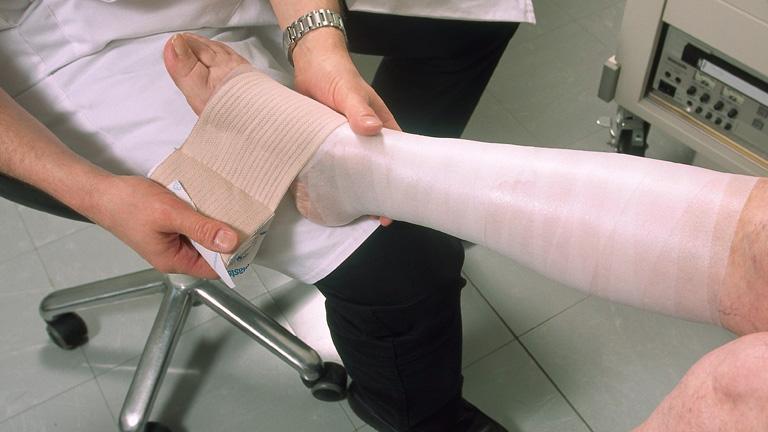 injekciók a lábban visszér vide visszeres ödéma