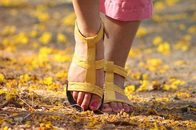 császármetszés után a lábak visszér)